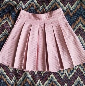 Elle pink pleaded skirt w/pockets💗